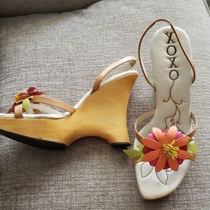 amazing one of a kind Xoxo sandals!
